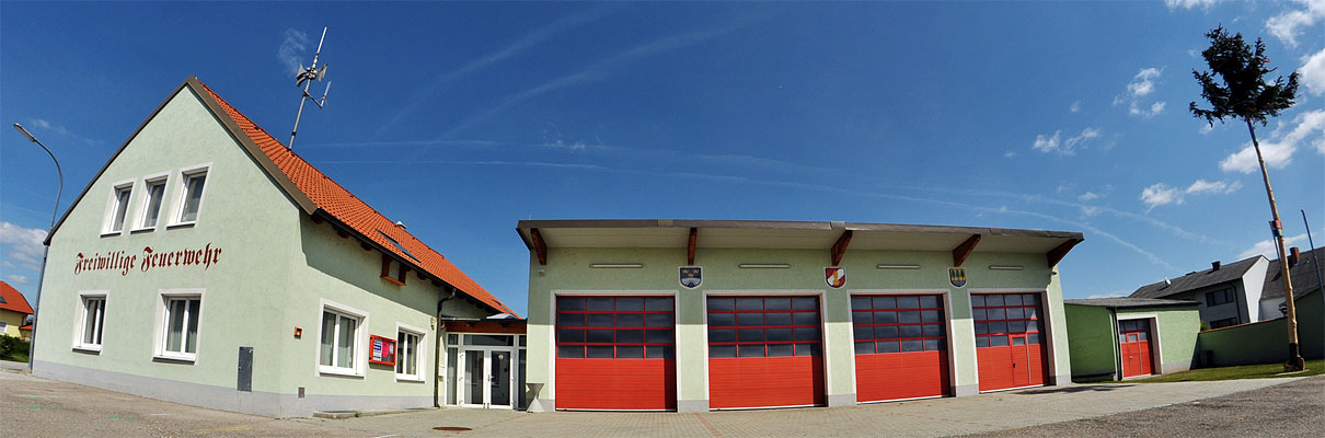 Feuerwehrhaus-2-web-small